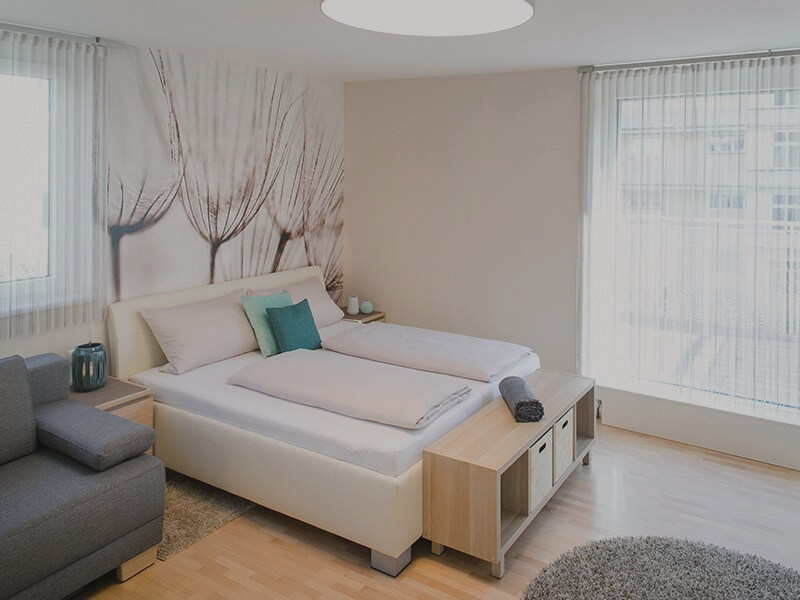 einzimmerwohnung einrichten 5 ideen und inspirierende bilder. Black Bedroom Furniture Sets. Home Design Ideas