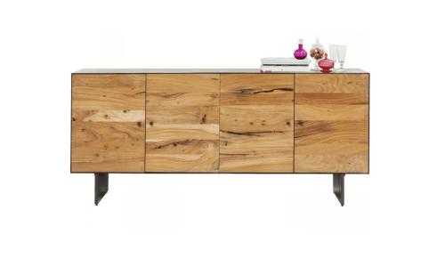 Sideboard-mit-lackiertem-Akazienholz-Schlafzimmer-einrichten-Tipps