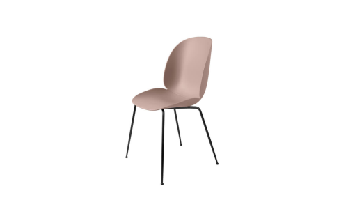 Gubi-Beetle-Dining-Chair-Conic-Base-schwarz-sweet-pink-Freisteller Wohnzimmer einrichten